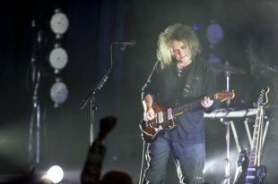 Robert Smith for the Cure